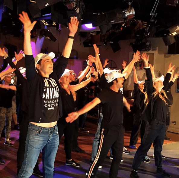 ¡No estamos llorando! Checa el último flashmob del elenco de the Big Bang Theory