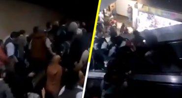 Video: Colapsan escaleras del metro Tacubaya; madre y bebé caen de ellas
