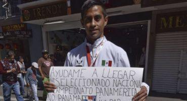 Taekwondoín mexicano busca asistir al Campeonato Panamericano pidiendo dinero en la calle