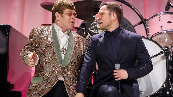 """Mira a Taron Egerton cantar junto con Elton John """"Tiny Dancer"""""""
