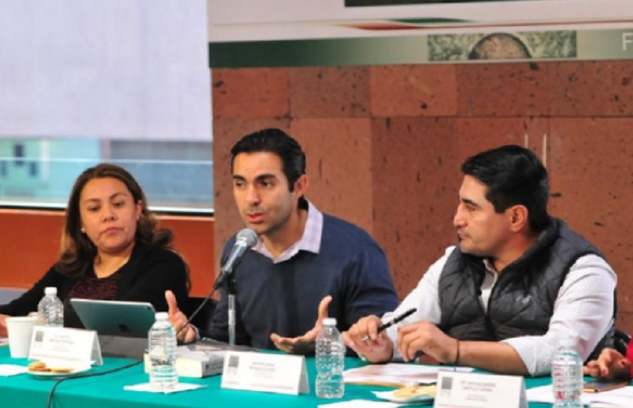 eldiputado del PES; Ernesto D'alessio