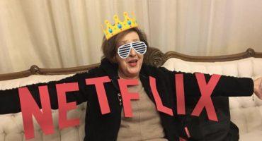 Una familia mexicana le hizo una fiesta de Netflix a su abuelita y es lo mejor que hemos visto