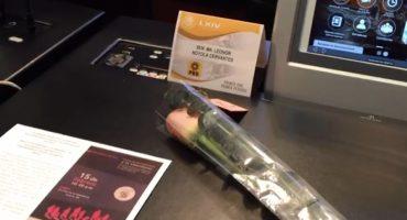 ¿Cñores románticos? Senadores del PRD regalan rosas en la Cámara