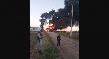 Se reporta incendio en ducto de Pemex ubicado en Huauchinango, Puebla