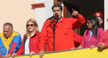 Maduro reta a Guaidó a convocar a elecciones en Venezuela para darle una