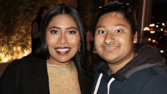 ¿Se acuerdan de la chica viral que tiene selfies con famosos? ¡Pues ya conoció a Yalitza Aparicio!