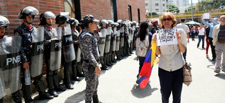 Hasta el momento van 326 militares venezolanos que piden refugio en Colombia