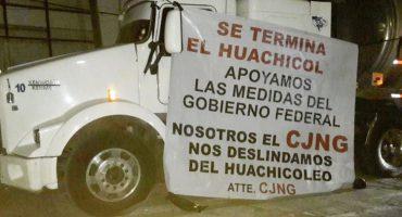 Aparecen 'narcomantas' apoyando a AMLO y anunciando el fin del huachicol
