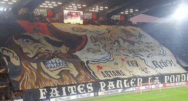 El espectacular tifo con el que Rennes recibió a Lainez y Guardado