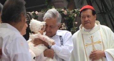 'Sí fui padrino de una niña, conozco a  Miguel Rincón', dice AMLO sobre foto con Norberto Rivera