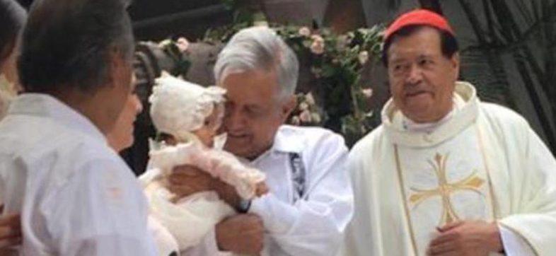 ''Sí fui padrino de una niña, conozco a Miguel Rincón', dice AMLO sobre foto con Norberto Rivera