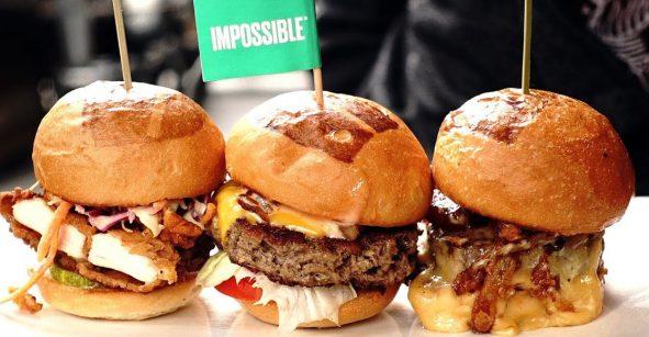 ¡Hora de mandar ALV la dieta porque Umami Burger llega a México!