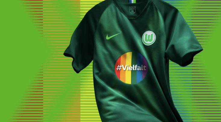 El uniforme 'arcoíris' con el que Wolfsburg pretende apoyar la diversidad sexual en Alemania