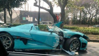 Chocan Koenigsegg valuado en 30 millones de pesos en la Ciudad de México