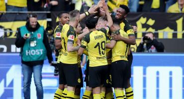 El doblete de Paco Alcácer que llevó al Dortmund a la cima de la Bundesliga