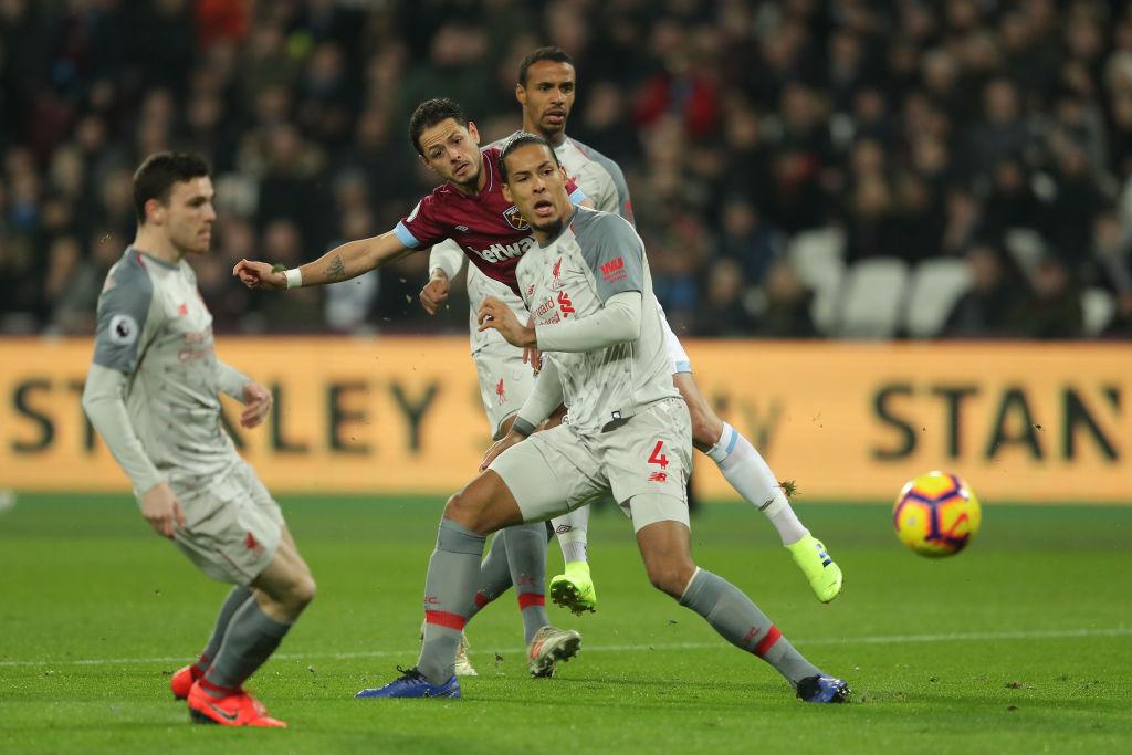 3 razones por las que 'Chicharito' Hernández ya no mete gol con el West Ham