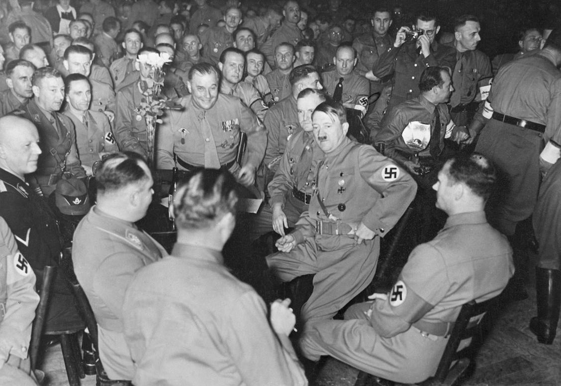 Adolfo-Hitler-nazis-Alemania