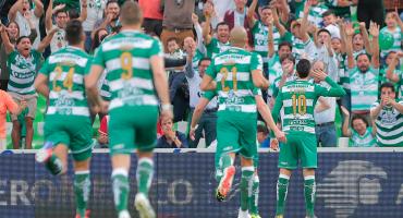 Cuatro goles en 8 minutos y Santos avanzó a semifinales de la Concachampions