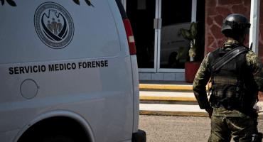 D'oh! Semefo entrega cuerpo equivocado en Sinaloa; lo rescata en pleno funeral