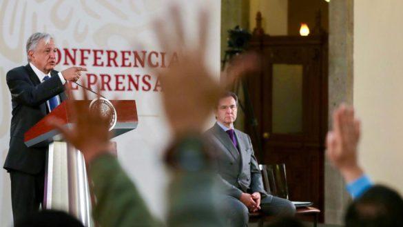"""AMLO dice que su reunión con Kushner no fue """"en lo oscurito"""" ni hay conflicto de interés"""