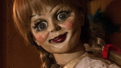 La muñeca espectral regresó: ¡Checa el tráiler de 'Annabelle Comes Home'!