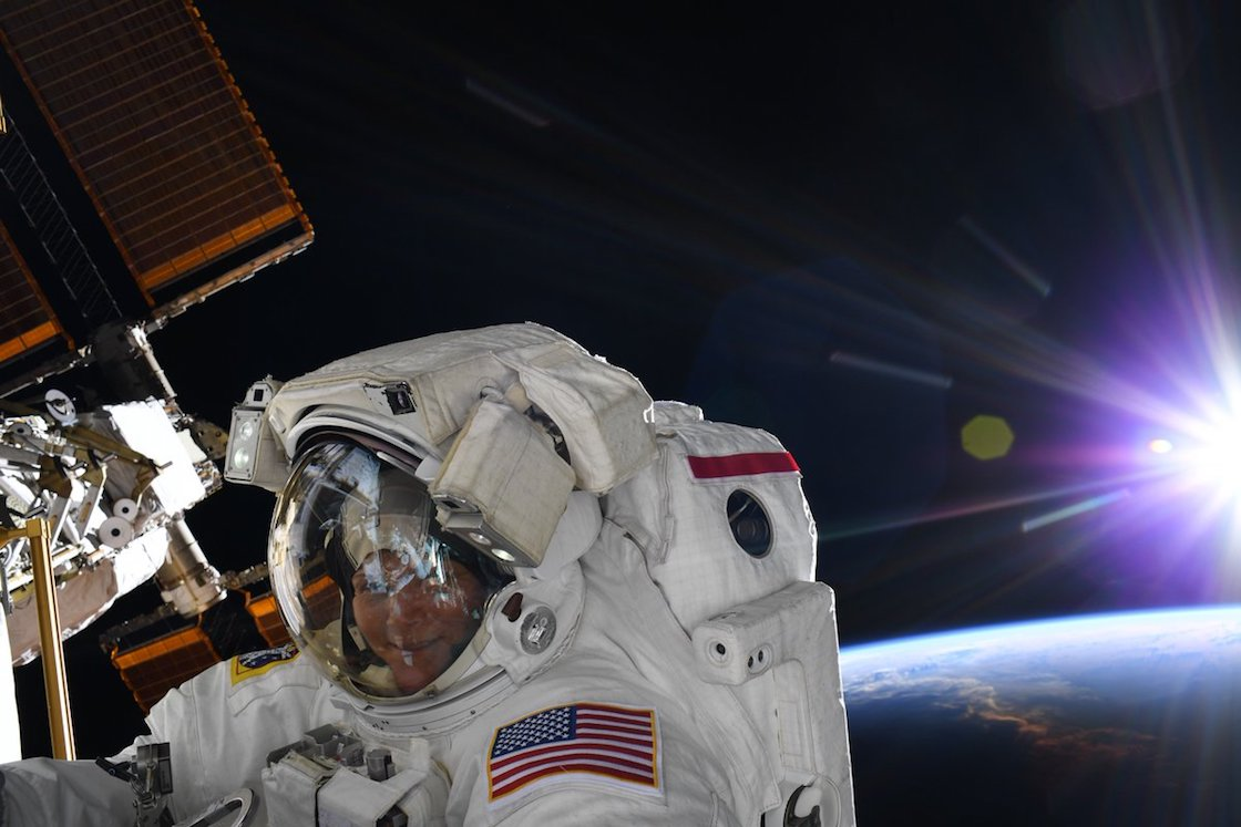 anne-mcclain-astronauta-mujer