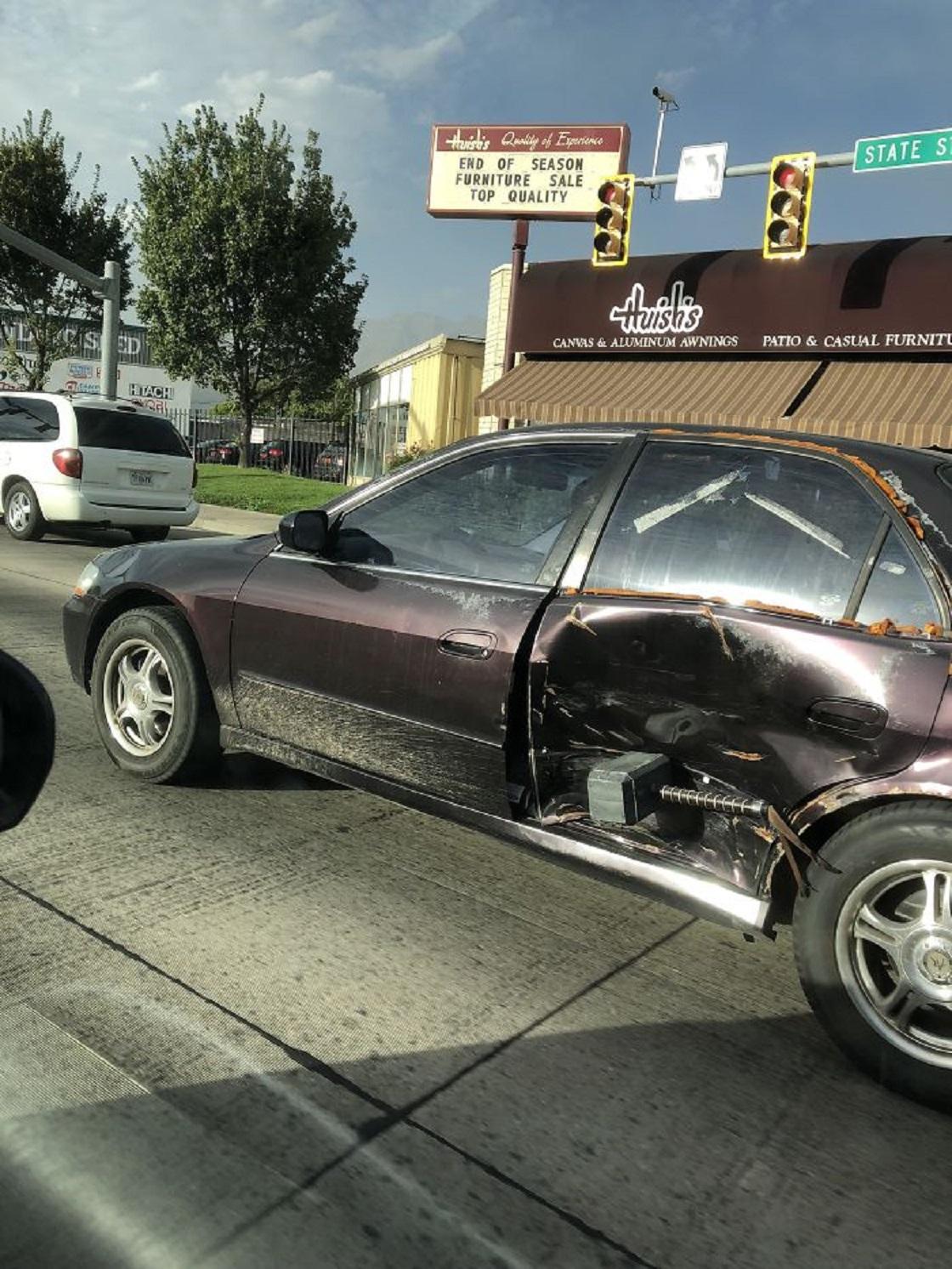 """Personas que """"arreglaron"""" golpes en sus coches"""