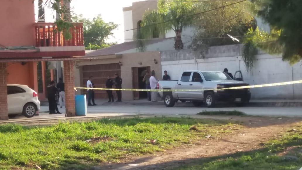 La casa del alcalde Ernesto Quintanilla fue baleada por un comando armado, los, escoltas del político repelieron la agresión, no el alcalde ni su familia resultaron heridos.