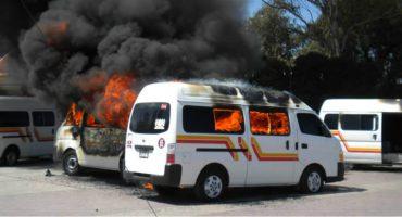 Atacan y asesinan a chofer de combi en Zumpango por presuntamente