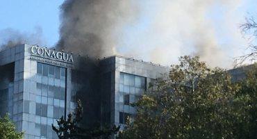 VIDEO: Se registra incendio en el edificio sede de Conagua