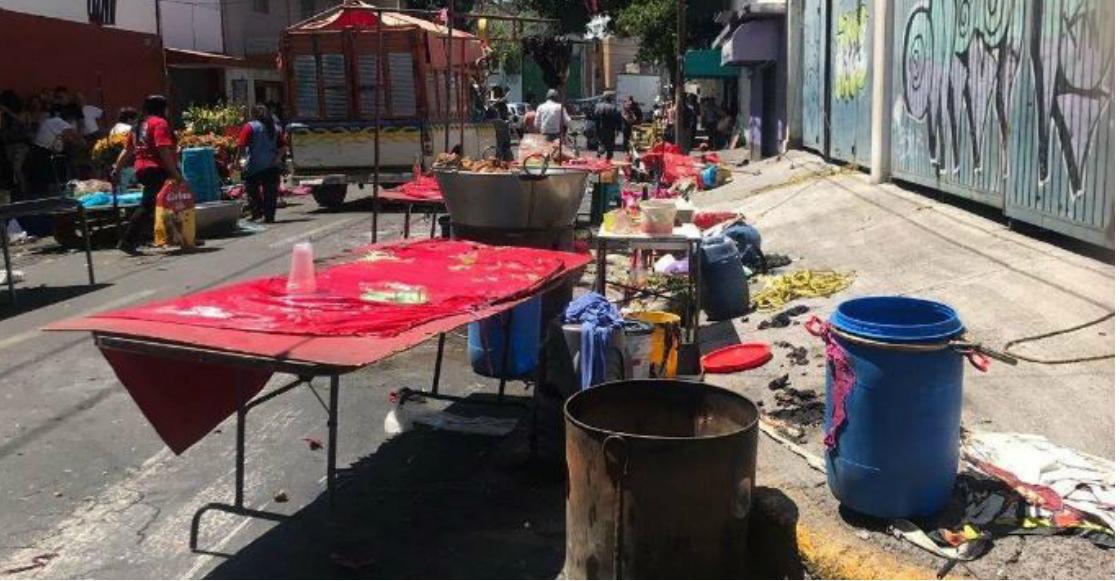 En Edomex explotó un tanque de gas de un puesto de carnitas; hay 6 heridos