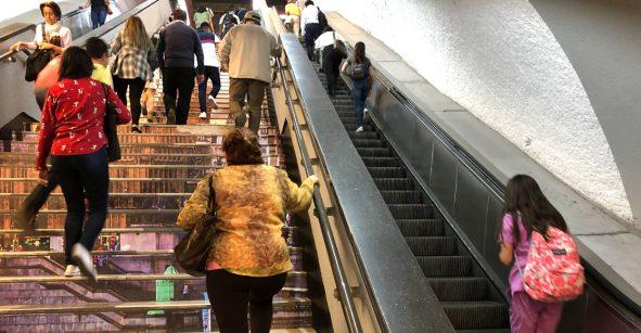 El fin de semana ya funcionarán escaleras eléctricas de la línea 7 del Metro