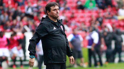 ¡Cayó otro técnico! Guillermo Hoyos deja de ser DT del Atlas por malos resultados