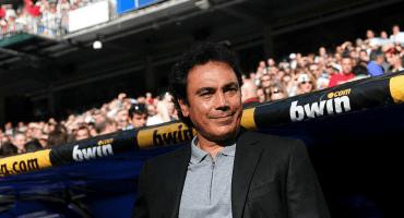 Dice Hugo Sánchez que ya se puso contacto con Florentino para dirigir al Madrid