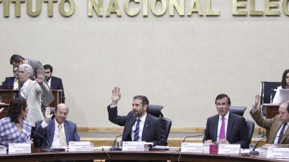 ¡De retache! INE ordena a partidos políticos que regresen los 54.6 mdp que no gastaron