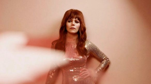 Fresas con chocolate y NYC: Jenny Lewis nos platicó de 'On The Line'