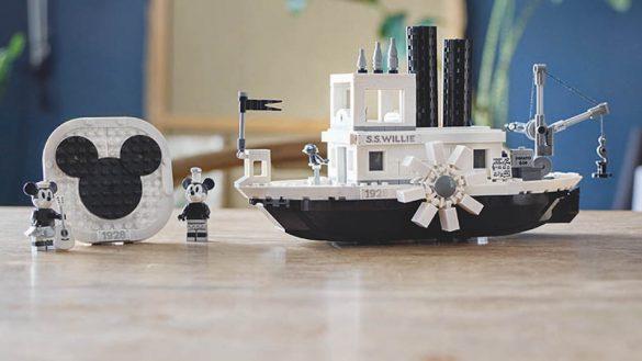 Lego lanzará una edición especial de 'Steamboat Willie'