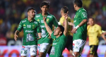 ¡Doblete de Mena! León empata el récord del Toluca de victorias consecutivas en la Liga MX