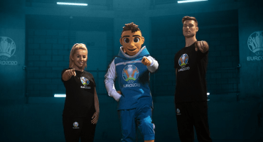Ya hay mascota para la Euro, se llama Skillzy y retó a los freestylers de Europa