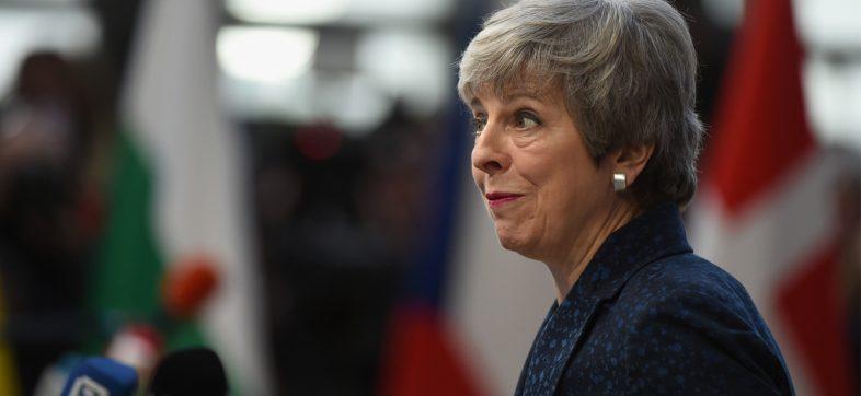 ¡Tsss! Parlamento británico quita el 'mando' del Brexit a Theresa May