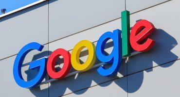 Multan a Google con mil 500 millones de euros por bloquear anuncios de su competencia