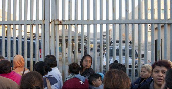 Se registran protestas en penal de Topo Chico tras el traslado de reos