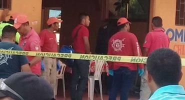 Ejecutan, mientras cenaba, al tesorero de Petatlán, Guerrero