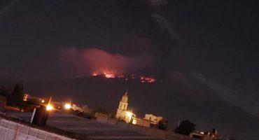 Despertó el Popocatépetl: Hace explosión y arroja material incandescente