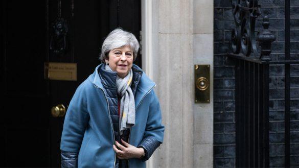 ¡Va pa'trás! Parlamento británico rechaza por tercera vez el proyecto de Brexit de Theresa May