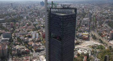 Desalojan Torre Bancomer por una amenaza de bomba