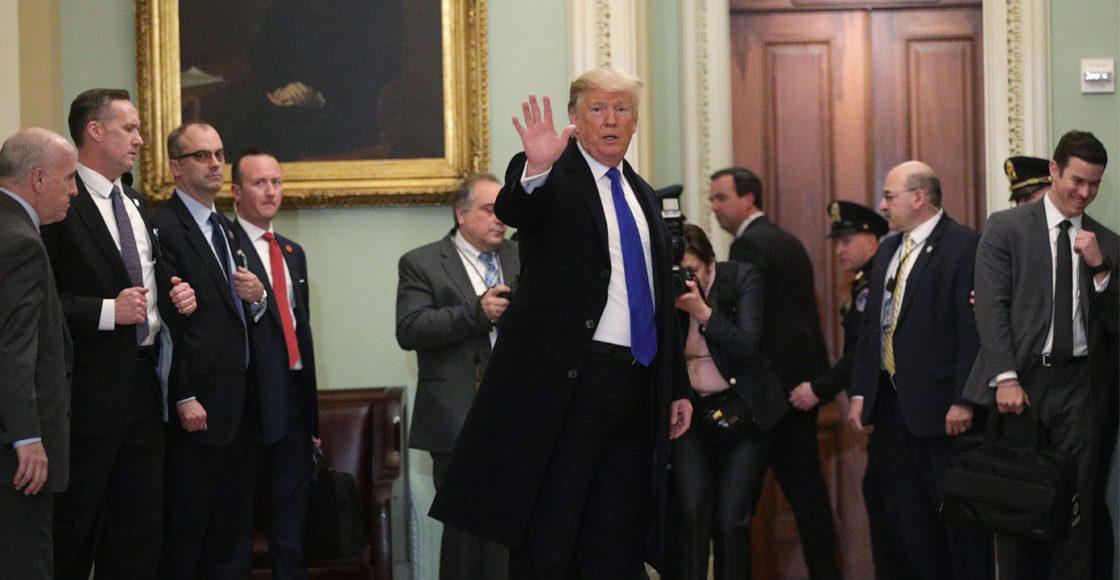 Cámara de Representantes no logra poner fin al veto de Trump para emergencia nacional