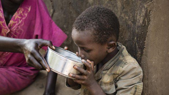 Mundo enfermo y triste: Mueren más niños por diarrea en zonas de guerra que por violencia
