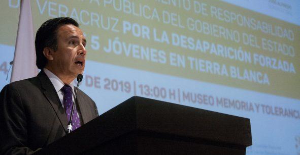 Gobernador de Veracruz se disculpa públicamente por caso Tierra Blanca