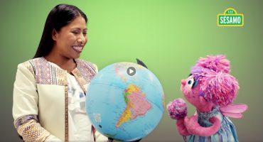 Yalitza Aparicio aparece en Plaza Sésamo para enviar un tierno mensaje a las niñas